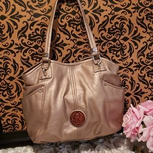 NWOT RELIC LARGE ROSE GOLD FAUX LEATHER HANDBAG
